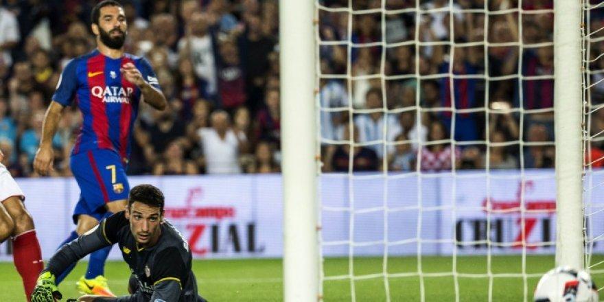 Barcelona - Sevilla maçında Arda Turan esti geçti!
