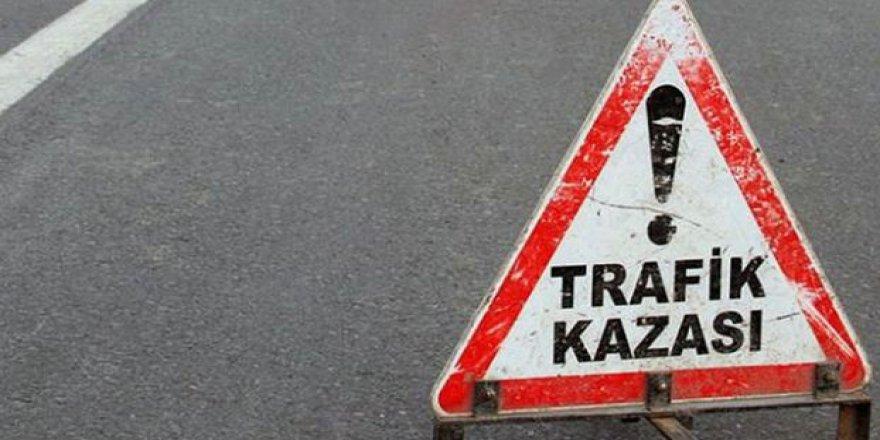 Salihli'de kaza: Aynı aileden 1 ölü, 4 yaralı