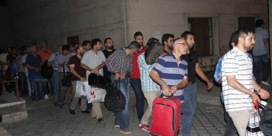 Bursa'da Fetö Soruşturmasında 32 Polis Tutuklandı
