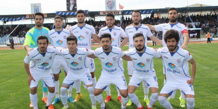 Didim Belediyespor'de 4 Futbolcuyu gönderdi
