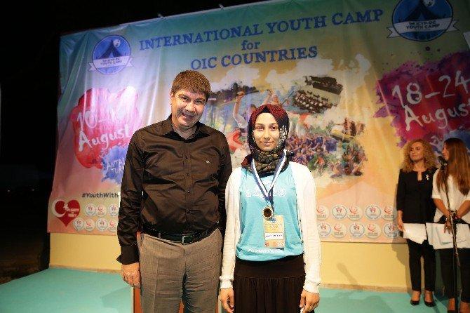 Uluslararası Gençlik Kampı Antalya'da Toplandı
