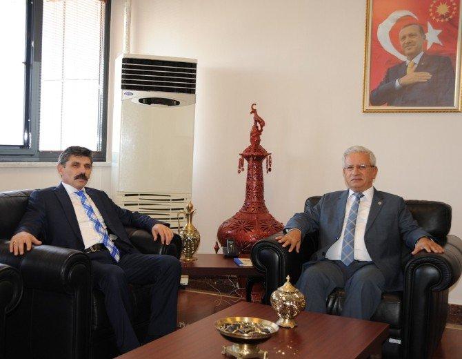 Emniyet Müdürü Dağdeviren'den Rektör Özdemir'e Ziyaret