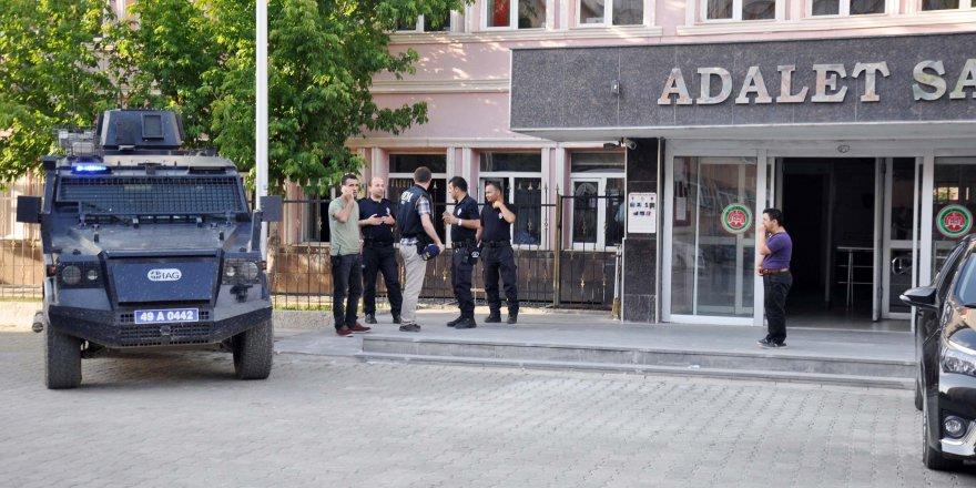 Muş'ta PKK/KCK'ya yönelik dev operasyon: 19 gözaltı