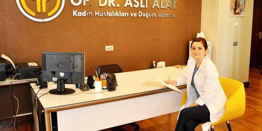 """Op.Dr. Aslı Alay: """"Menopoz Cinselliği Etkilemez"""" dedi!"""