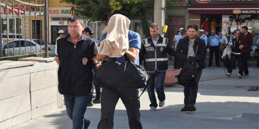 Eskişehir'de FETÖ operasyonu: 27 gözaltı