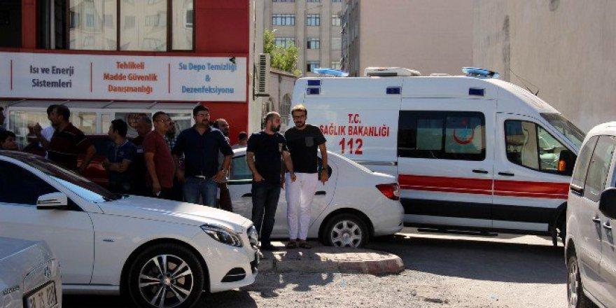Kayseri'de 3. Kattan Düşen S.Ö. Hayatını Kaybetti