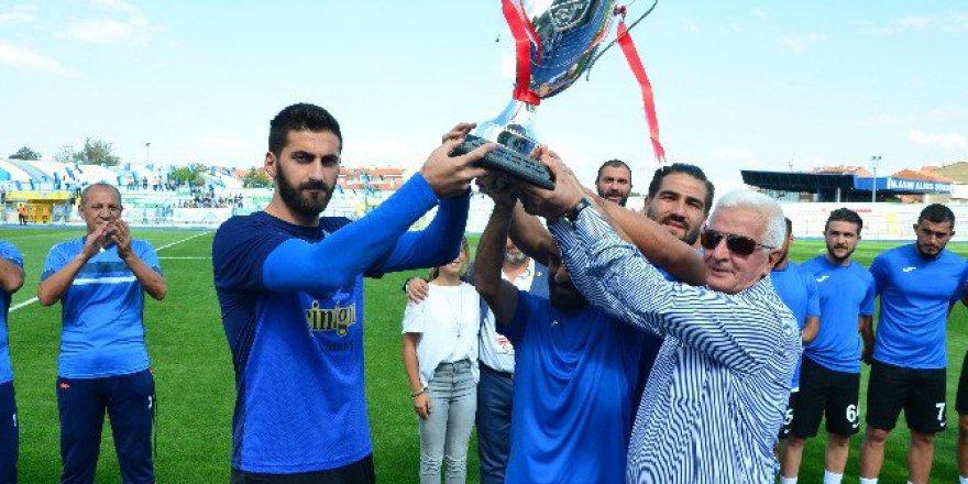 Amatör Lig 9. Grupta Şampiyon Kütahyaspor Kupasına Kavuştu