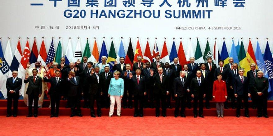 Cumhurbaşkanı Erdoğan G20 aile fotoğrafında Putin'le yan yana