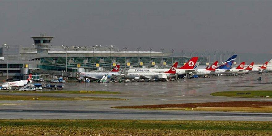 Atatürk Havalimanı'nda Tarihi Rekor Kırıldı