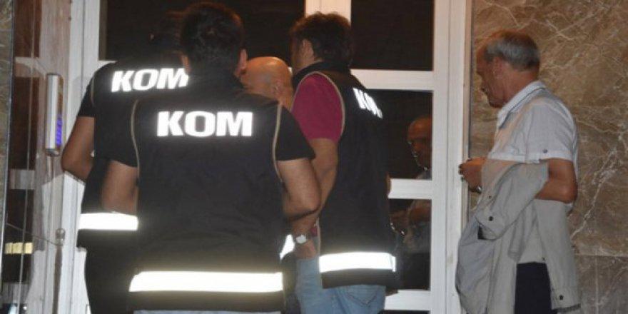İzmir'de Esnaflara Fetö Operasyonu: 23 Gözaltı şoku