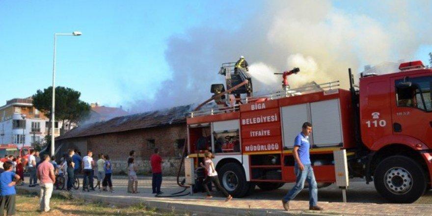 Çanakkale, Biga'da Korkutan Yangın