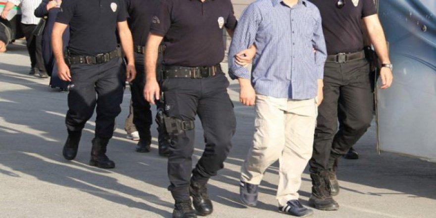 5 Kişi Erdoğan'a hakaretten tutuklandı