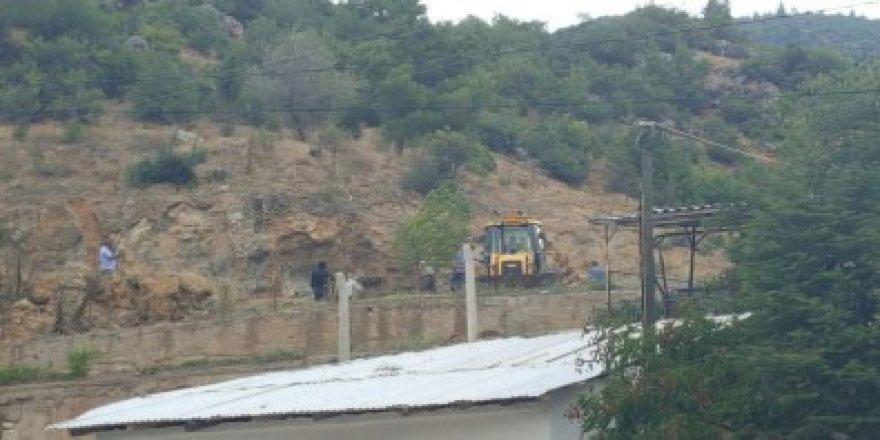 Fetö'cüler Ormanlık Alana Silah Ve Para Gömdü İddiası