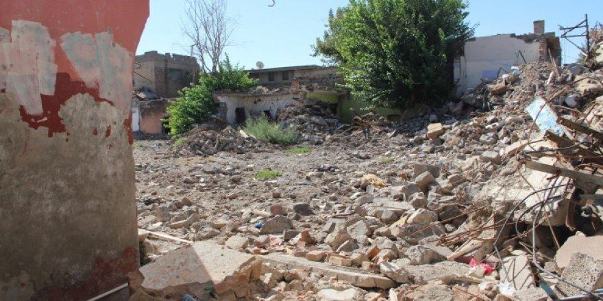 Diyarbakır, Sur'da bin 312 bina yıkıldı!