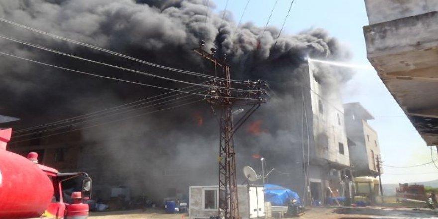Antakya Sanayi Sitesinde Yangın