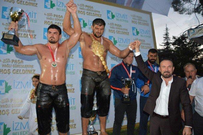 İzmit'de 4. Altın Kemer Paşa Yağlı Güreşleri Başpehlivanı Şaban Yılmaz