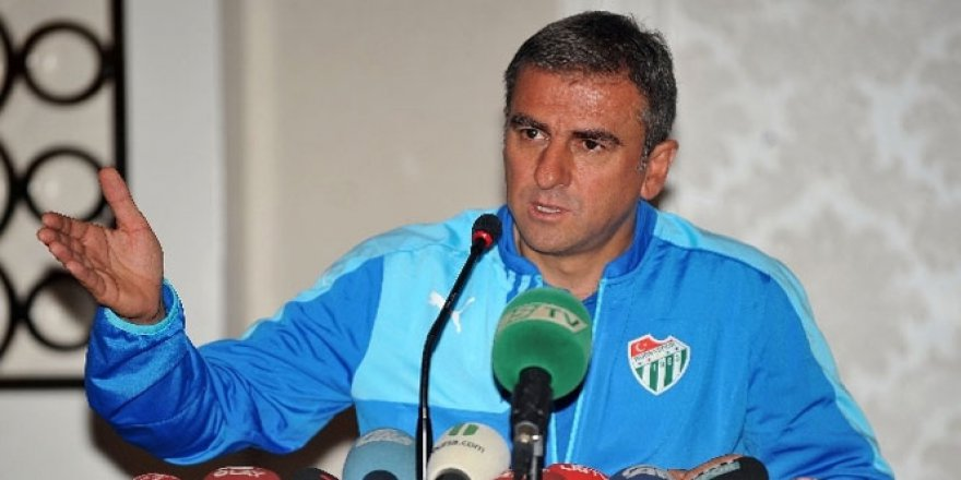 """Bursaspor Teknik Direktörü Hamza Hamzaoğlu: """"Bayram Öncesi İyi Bir Hediye Oldu"""""""