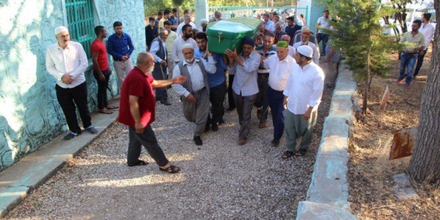 Adıyaman, Kahta'da otomobil bagajında taşınan yaralı çocuk hayatını kaybetti