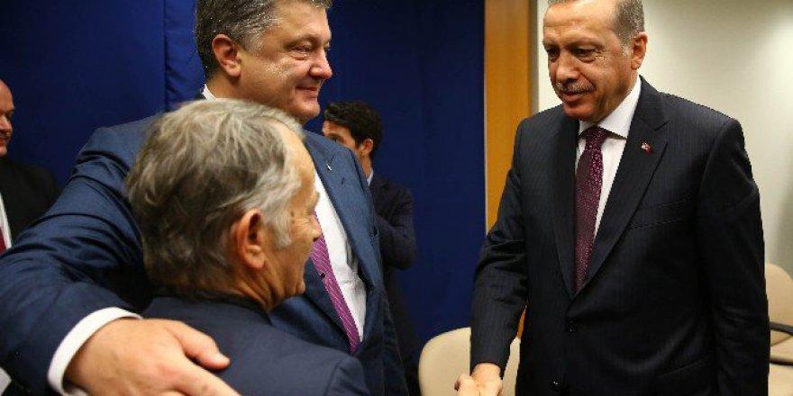 Cumhurbaşkanı Erdoğan, Ukrayna Cumhurbaşkanı Petro Poroşenko İle Bir Araya Geldi