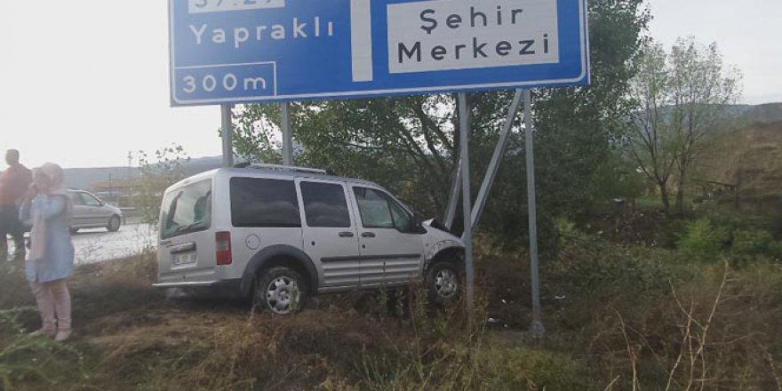 Kastamonu'da kazaya bakarken kaza yaptı: 2 yaralı