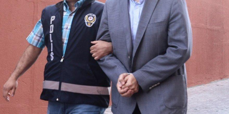 Başkan Yardımcısı Mehdi Eker'in aile kabristanına tuzaklanan patlayıcılarla ilgili 13 gözaltı