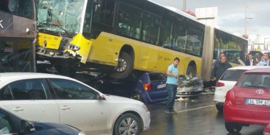 Başkan Kadir Topbaş'tan metrobüs kazası sonrası flaş karar!
