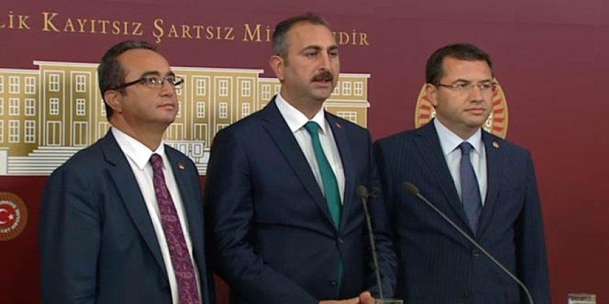 3 parti lideri 7 maddede anlaştı