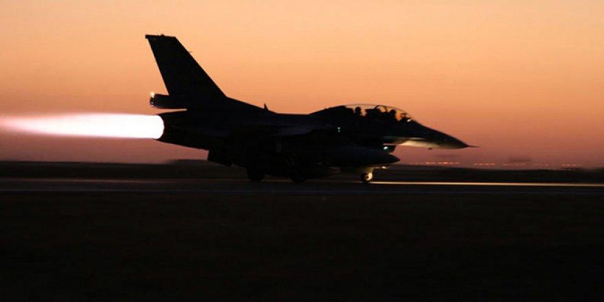 Pakistan'da eğitim görevi sırasında savaş uçağı düştü