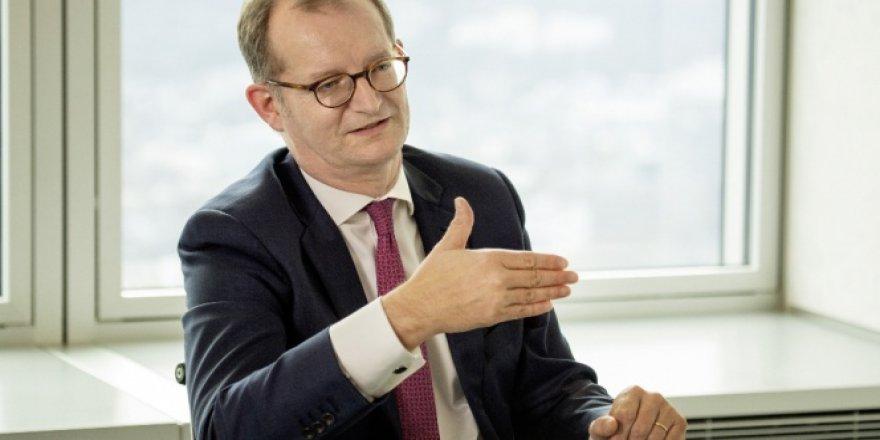 Almanya'nın ikinci büyük bankası, Commerzbank'tan radikal karar
