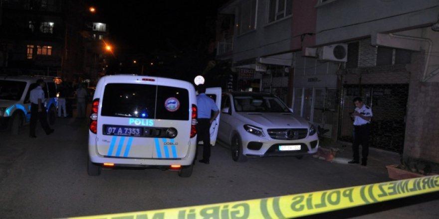 Antalya, Muratpaşa'da silahlı saldırı: 1 yaralı