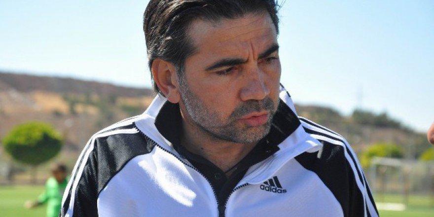 Sivasspor'da Direktör Osman Özköylü Görevden Ayrıldı