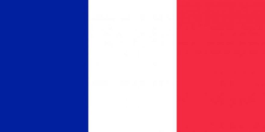 Fransa, DAEŞ hedeflerini vurdu
