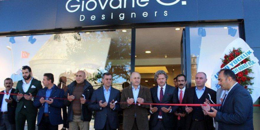 """Erkek Giyim Markası """"Giovane G Designer"""" Erzurum'da Açıldı"""