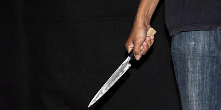 Ünlü radyocu Cem Arslan bıçaklı saldırıya uğradı