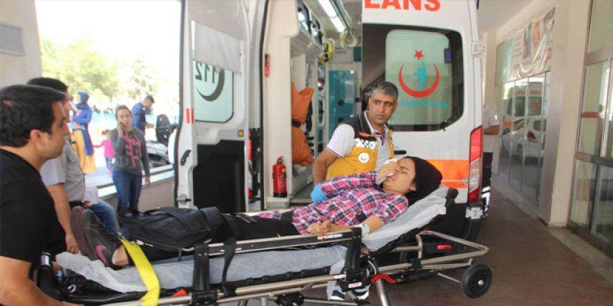Şanlıurfa'da otomobilin çarpıp kaçtığı öğrenci yaralandı