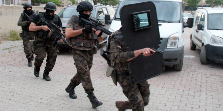 İstanbul'da DHKP-C operasyonu! Çok sayıda gözaltı