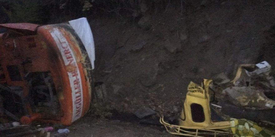 Tokat, Erbaa'da kamyon uçuruma yuvarlandı: 1 ölü