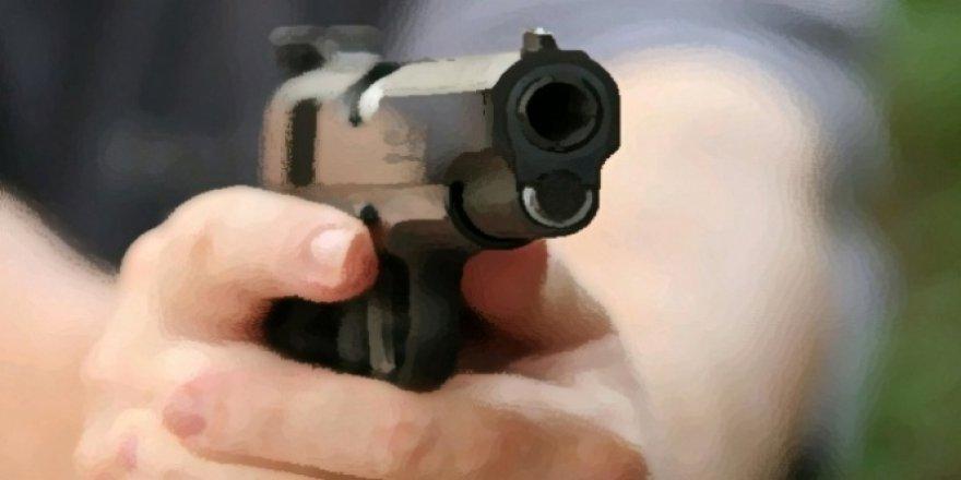Konya'da silahlı bıçaklı kavga kanlı bitti