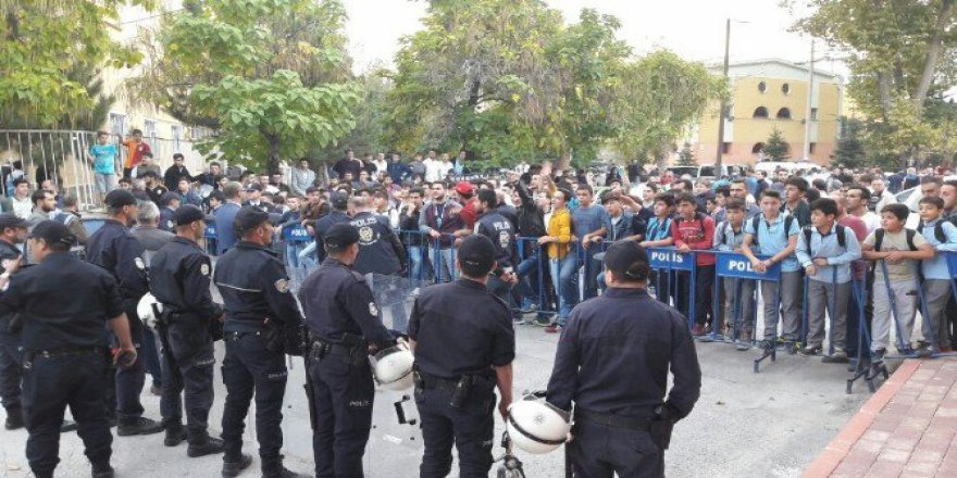 Taraftarlardan Kütahyaspor'a Protesto