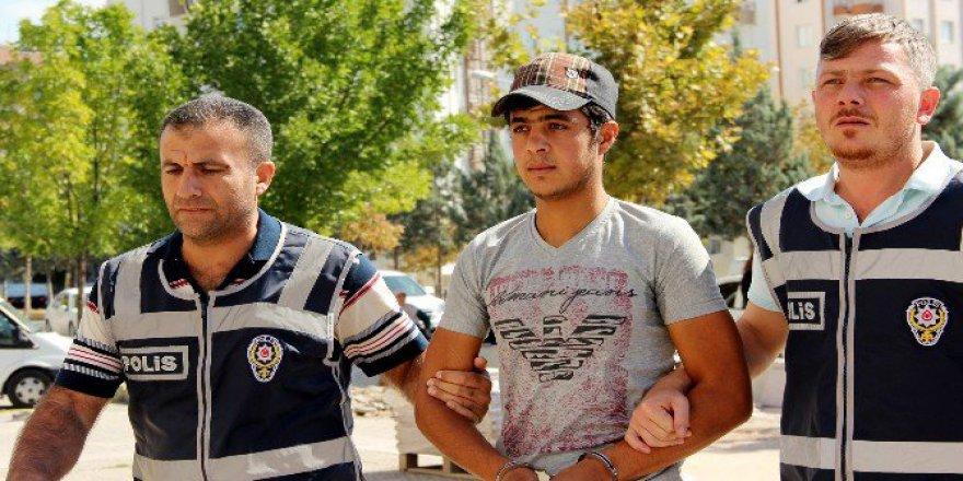 Aksaray'da Suriyeli Telefon Dolandırıcısı Suçüstü Yakalandı