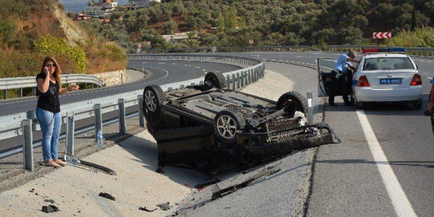 Söke-Kuşadası Otoyolu'nda Takla Atan Aracın Sürücüsünü Emniyet Kemeri Kurtardı
