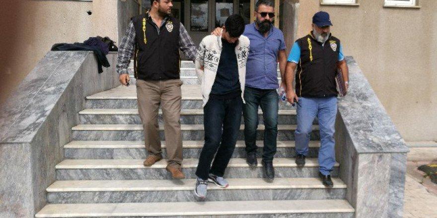 3 Saatte Telefon Dolandırıcısını Polise Yakalattı
