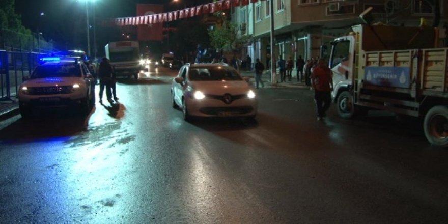 Patlamanın yaşandığı cadde trafiğe açıldı