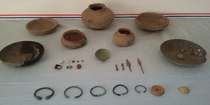 Bingöl İl Jandarma Komutanlığı Tarafından 27 Parça Tarihi Eser Ele Geçirildi