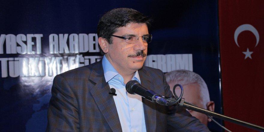 Yasin Aktay: 'FETÖ'nün 17 üniversitesi kapatıldı'