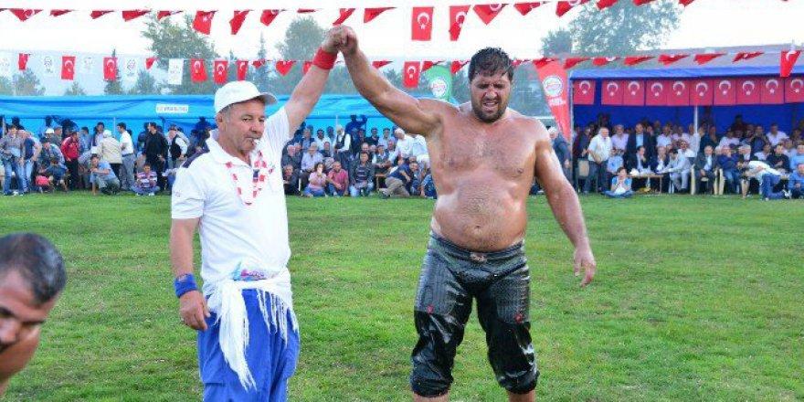 Tokat, Erbaa Güreşlerinin Başpehlivanı Recep Kara