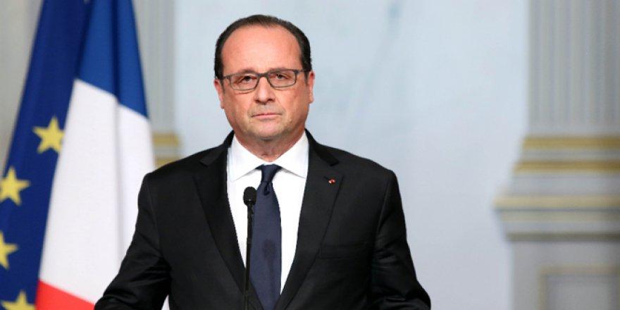 François Hollande: Türkiye, Suriye konusunda çok önemli bir rol oynadı