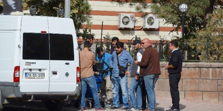 Iğdır'da Bomba Alarmı Herkesi Harekete Geçirdi