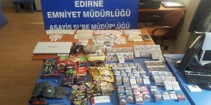 Edirne'de 'Çikolata' Hırsızları Bu Kez Yakalandı