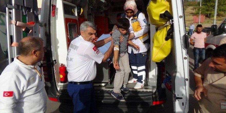 Bu Kez Diyarbakır! 50'den Fazla Öğrenci Hastaneye Kaldırıldı